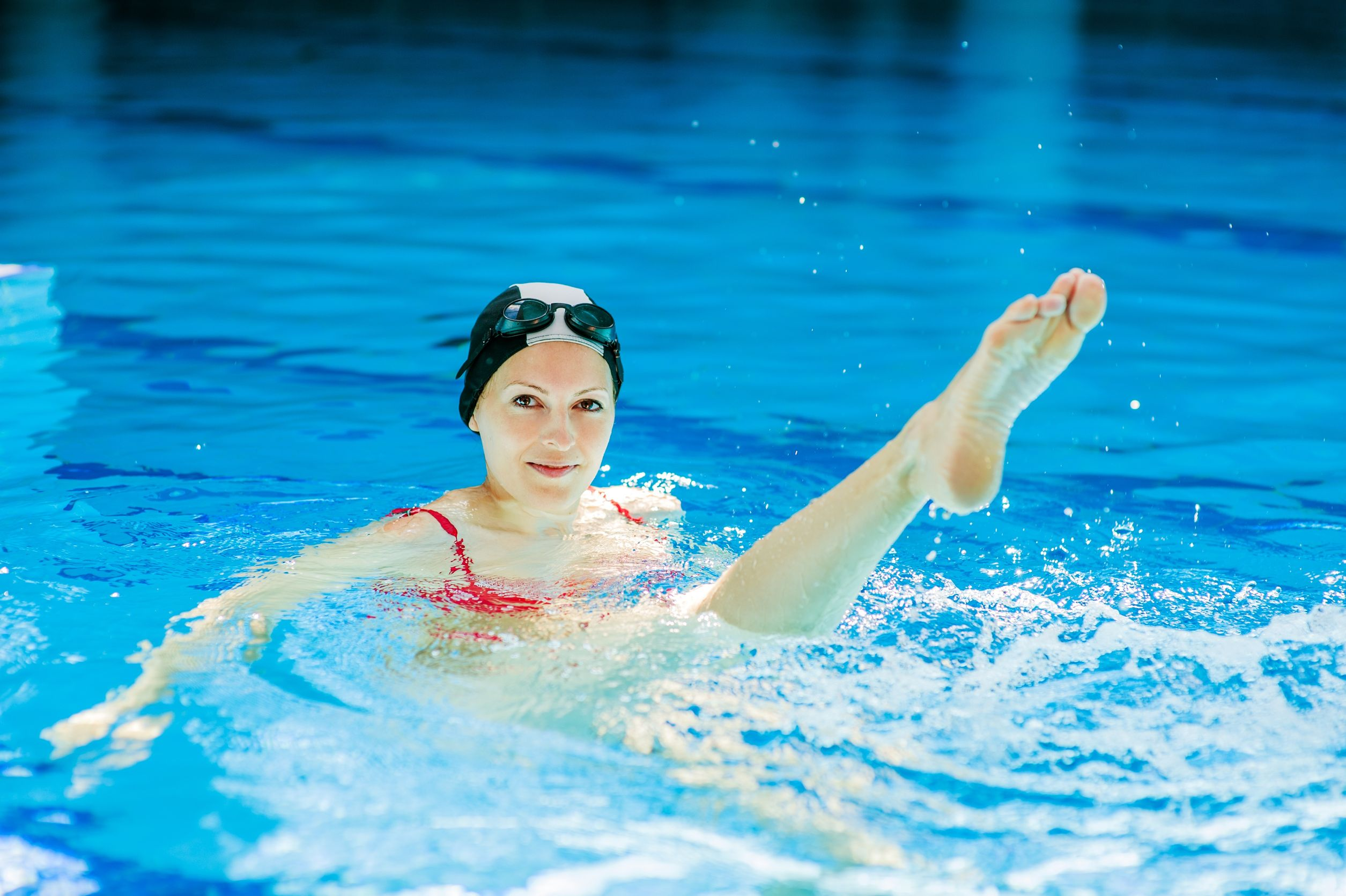 Swimming Pool Exercise : Perfect pool exercises even for non swimmers slendher